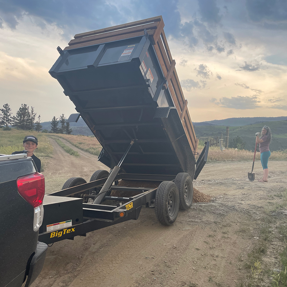 Dump Trailer Road Base